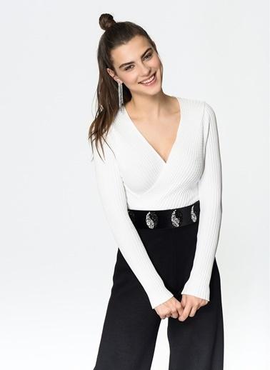 Loves You Petek Dokulu Anvelop Kapama Likralı Bluz Beyaz